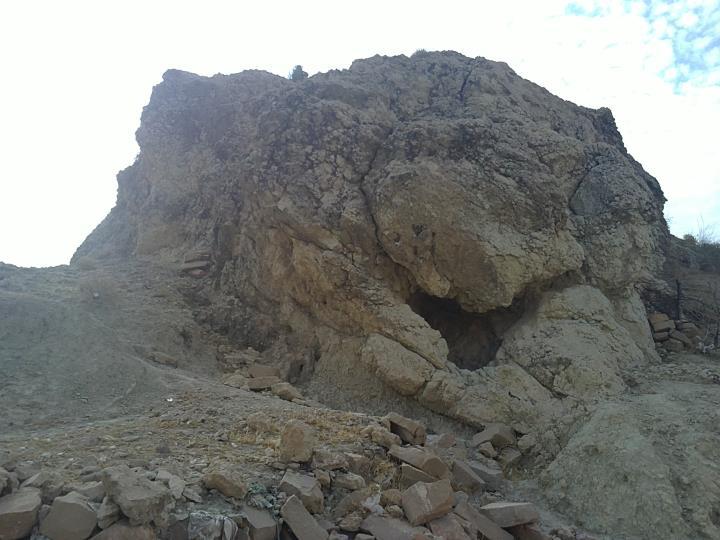 سوق - تنگه مجاهدین - مرداد 90 - غار - کوه - درویش
